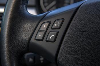 BMW 318i Touring Executive