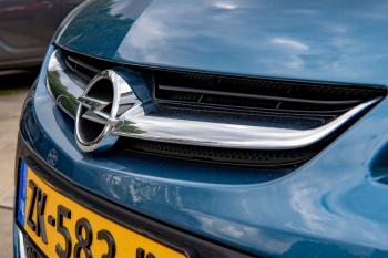 Opel Astra Sports Tourer Cosmo Edition
