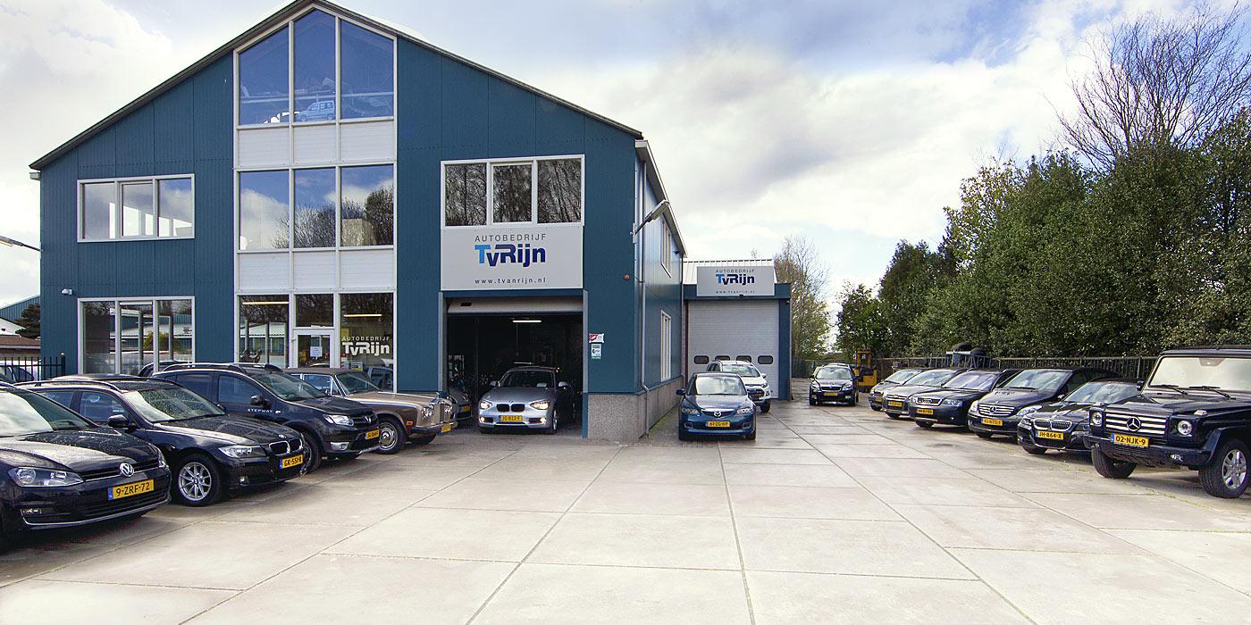 Autobedrijf t van rijn de volgende auto koop je bij ons for Autobedrijf avan