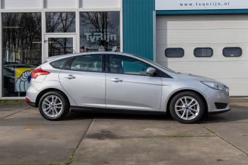 Ford Focus Business Edition-Airco-Cruise-L.M