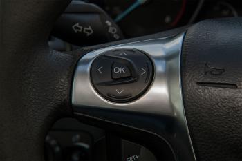 Ford Grand C-Max 1.6TDCI-Navi-Cruise-Clima