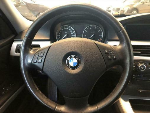 BMW BMW 318i High Executive