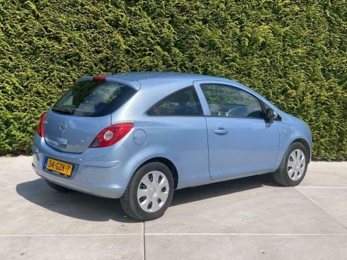 Opel Corsa 1.4-16V inTouch Automaat Airco